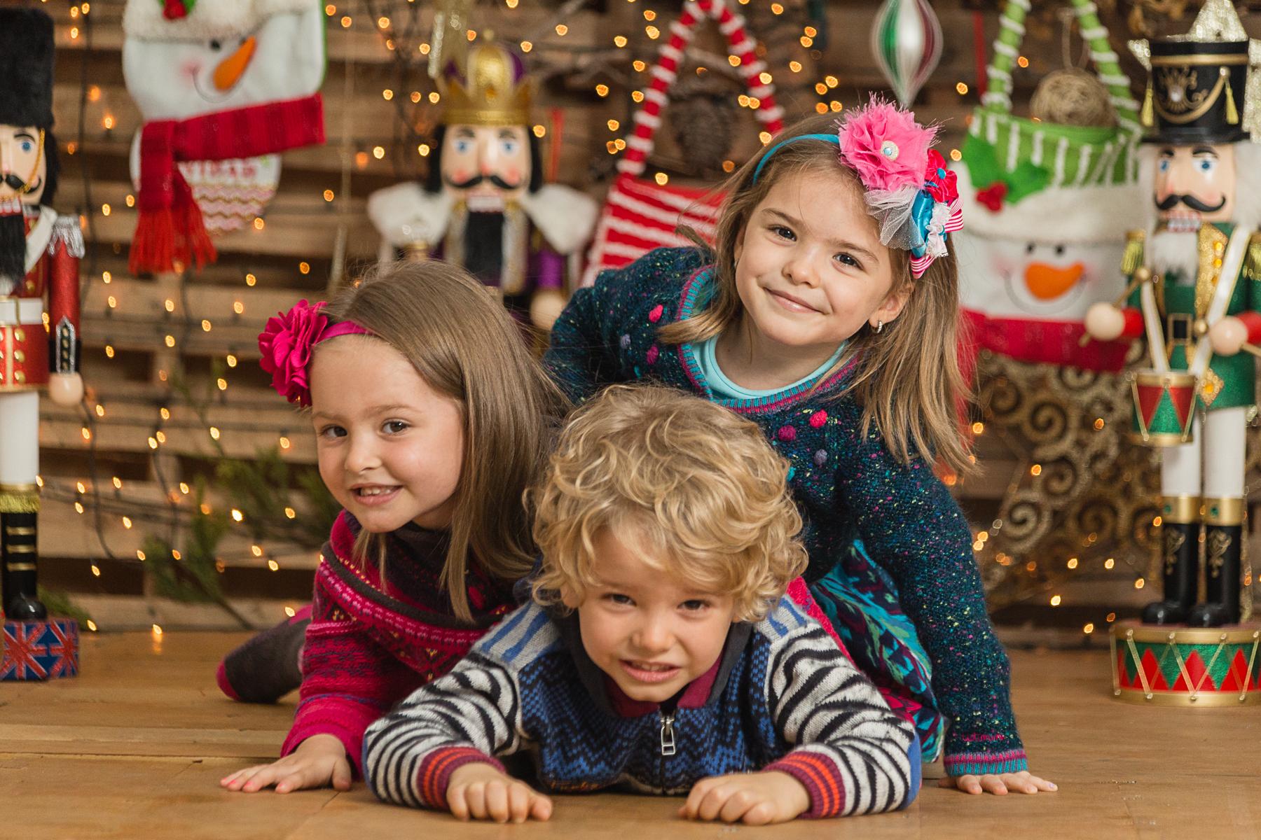 Trillizos en Navidad Melanie, Sebastian y Letizia